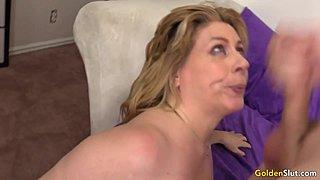 ώριμη γιαγιά πορνό HD καυτό μαύρο κάθεται στο πρόσωπό